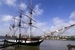 dunbrody_famine_ship